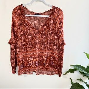 American Eagle boho rust patterned long sleeve top
